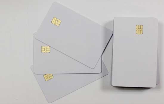 CARD CON CHIP (SMART CARD)