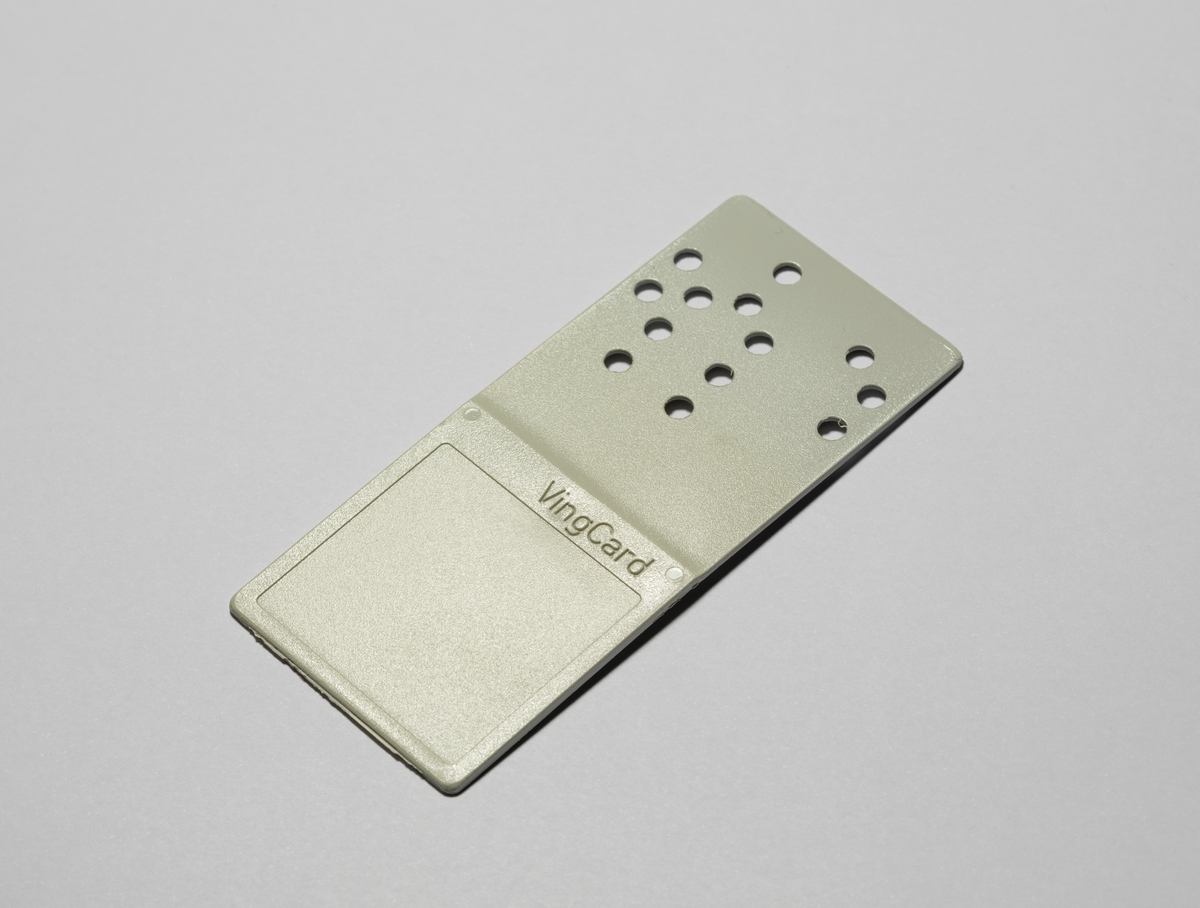 VingCard's revolutionary pre-punched hole key card | Blog NLS
